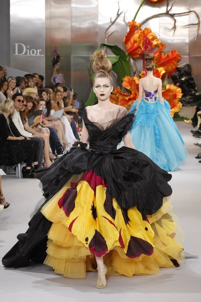 John Galliano Don T Buy Into The Hate Him Hate His