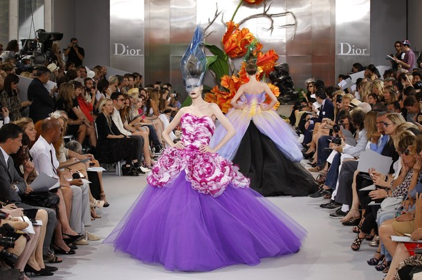 John galliano don t buy into the hate him hate his for French haute couture