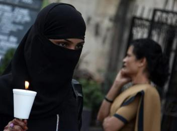 New Dehli - 22th December 2012 -compiled by femen india (2)