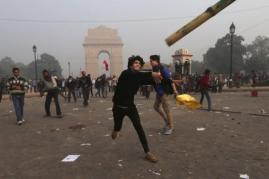 New Dehli - 22th December 2012 -compiled by femen india (6)