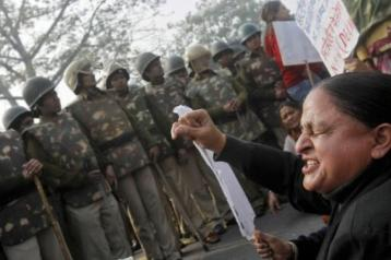New Dehli - 22th December 2012 - Femen India (3)