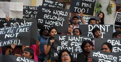 New Dehli - 22th December 2012 - Femen India (8)