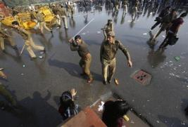 XO1847 Anti rape protest India 2012 (1)