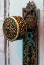2.bp.blogspot (dot) com door knobs