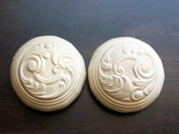 carved door knobs