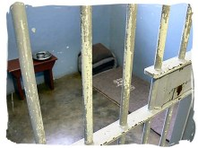 nelson-mandela-cell-at-robben-island-apartheid 4