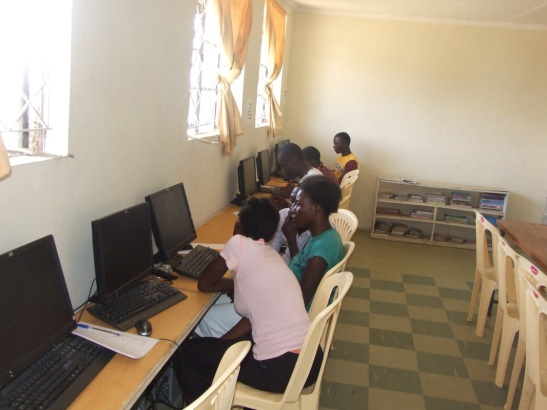 Akili school CeciliaYu.com sponsored library lab