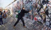 The-Fall-of-the-Berlin-Wa-001