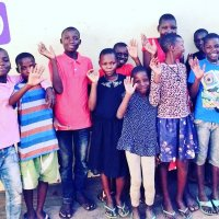 #Kel1st and Cecilia #Yu e-visits the Art class of Ronald + friends at Raise Uganda Now, RUN 코리아 in Africa